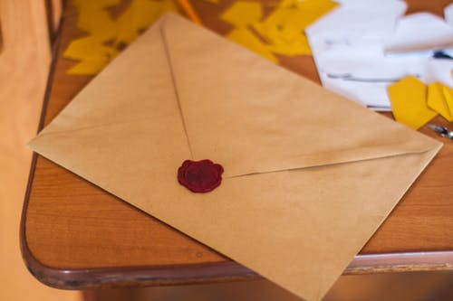 Envelopes com selo